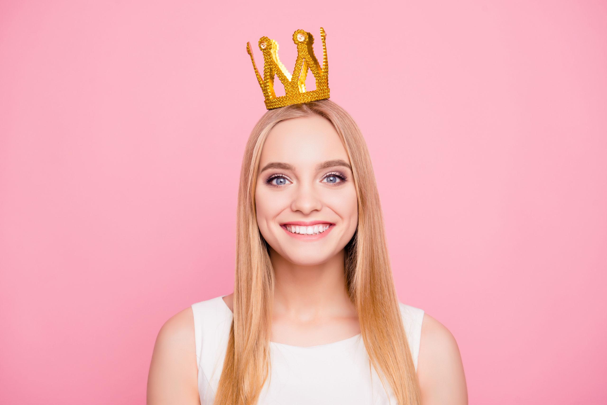 How Do Dental Crowns Help Patients? kensington court clinic